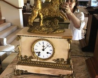 Raingo Freres Clock - Lauchaud - has a repair