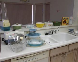 Welcome to our MCM and Retro Kitchen!  Many Items to Choose From!
