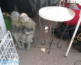 Yard Sculpture & Accent Table