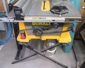 DeWalt Rack & Pinion Fence System