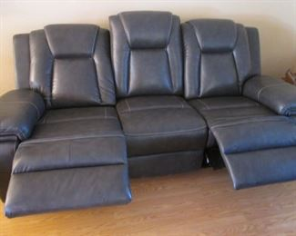 Both Ends Recline, Very Comfortable!