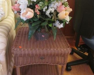 Accent Wicker Table + Floral Arrangement