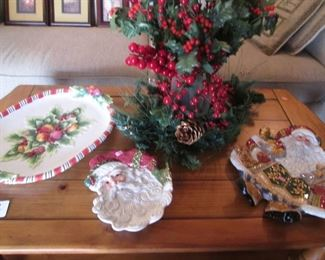 Christmas Serving Accessories by Fitz & Floyd