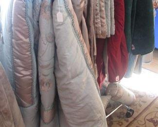 Bedding, Comforters, Blankets