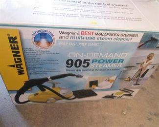 Wagner 905 Power Steamer in Box