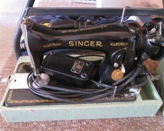 Vintage Portable Singer with Case