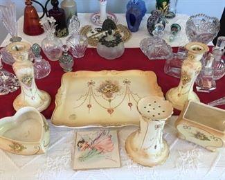 Complete Victorian Vanity Set with original gift card!
