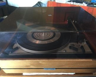 UA 1215s Vintage Turntable with dust cover.