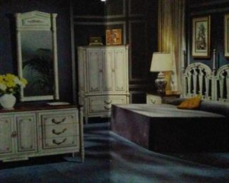 King Louis XVI bedroom set king size 7 pc By Empire Furniture purchased around  1960's high -end collectable