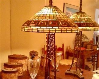 Heavy Tiffany-style table lamp