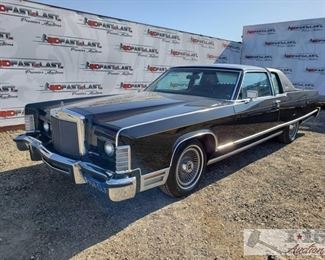 """90: 1977 Lincoln Continental Town Coupé, Black Power windows, Leather interior, glass roof, cassette Player, AC, 2nd row seating 1977 Lincoln Town Coupé, Black, Mileage - 42432, Plate - 948CLX, Ford V-8 351M/400""""B"""" 400CID, Automatic Transmission"""