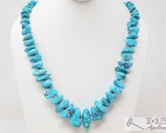 """308:  Turquoise Necklace, 157.3g Turquoise Necklace weighs approx 157.3g measures approx from 28"""" to 32"""""""