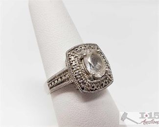 520:  Sterling Silver Ring, 5.2g Weighs approx 5.2g, size 7