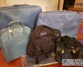 8628:  3 Piece Samsonite Set and Other Misc Bags Featured here are three pieces of vintage soft sided Samsonite luggage and additional bags of leather, canvas, and nylon fabrics.