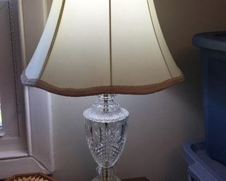 PAIR OF CLEAR GLASS LAMPS
