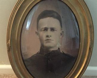 LARGE PHOTO OF SOLDIER IN MILITARY FRAME