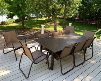 Gorgeous 11 piece Patio table and chair - HIGH QUALITY