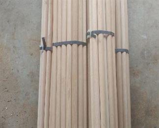 Three-quarter inch wood dowels in 25 piece bundles 3 ft long