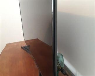Samsung flatscreen TV..great TV  .purchased  for over 700