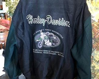 Vintage Milwaukee, Wisconsin HARLEY DAVIDSON Embroidered Men's Wool Jacket, Size Small