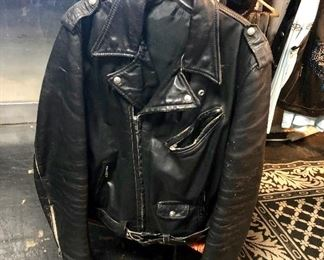 Vintage, c.1970's, MONTGOMERY WARD Mens Leather Biker's Jacket in very used/worn condition (size L)
