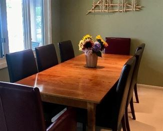 9 piece Dining Room Set, Cherry top has 2 leafs.