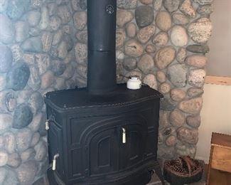 """Cast iron stove, Vermont Casting """"Defiant"""""""