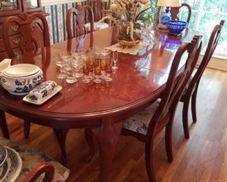 Queen Ann Style dining room table and chairs