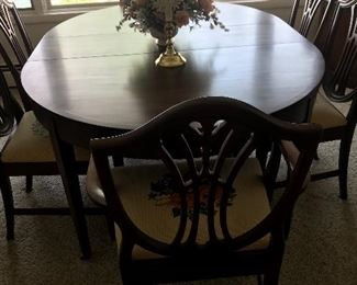 Beautiful Sligh (Grand Rapids) dining room table and needlepoint covered chairs