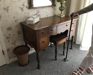 Beautiful vanity, stool and mirror, made at Berea College, Kentucky