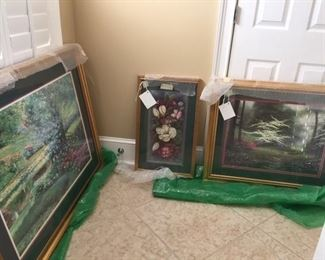 many beautiful prints and paintings