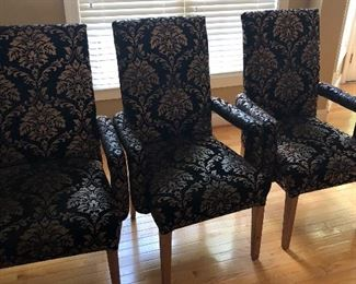 Set of 4 fabric chairs