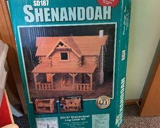 RETIRED Dura-Craft Shenandoah Log Cabin Doll House NIB