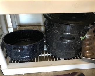 MULTIDIMENSIONAL PANS FOR CANNING.