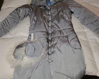 SEE?!!!!Long stylish puffer in steel gray