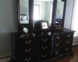 Thomasville triple mahogany dresser and mirror