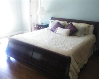 THomasville King size Mahogany sleigh bed