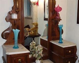 Walnut Victorian Deep Well Marble Top Dresser