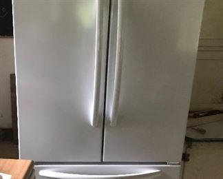 New kitchen aid refrigerator
