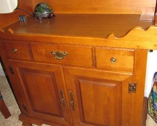 maple dry sink