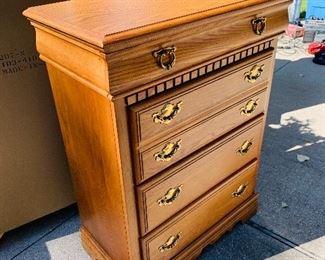 Oak highboy Broyhill dresser