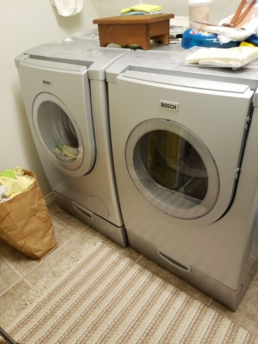 Top of line Bosch Washer and Dryer 1 yr old