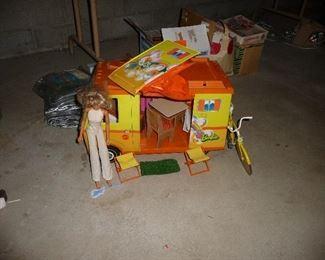Barbie Mattel Country Camper Van /bike and doll
