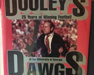 Vince Dooley's Dooley's Dawgs Hardback Book