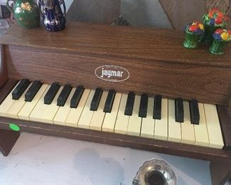 Jaymar child's toy piano