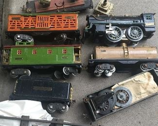 Pre-war Lionel train set
