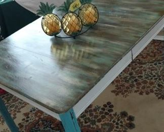 Painted Vintage Kitchen Table ( has 1- leaf )