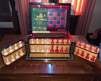 SPECTACULAR ENGLISH GAME CHEST