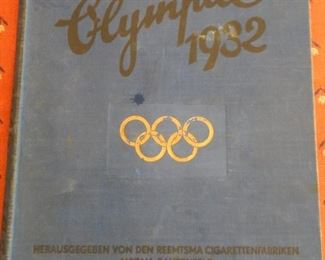 1932 OLYMPIC BOOK WITH CIGARETTE CARDS