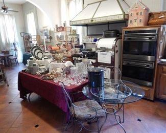 KITCHEN-STOVE IS NOT FOR SALE